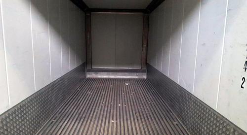 Gebrauchte Isoliercontainer Innenauskleidung Aluminium weiß beschichtet mit Aluminium Fußboden und Anfahrschutz